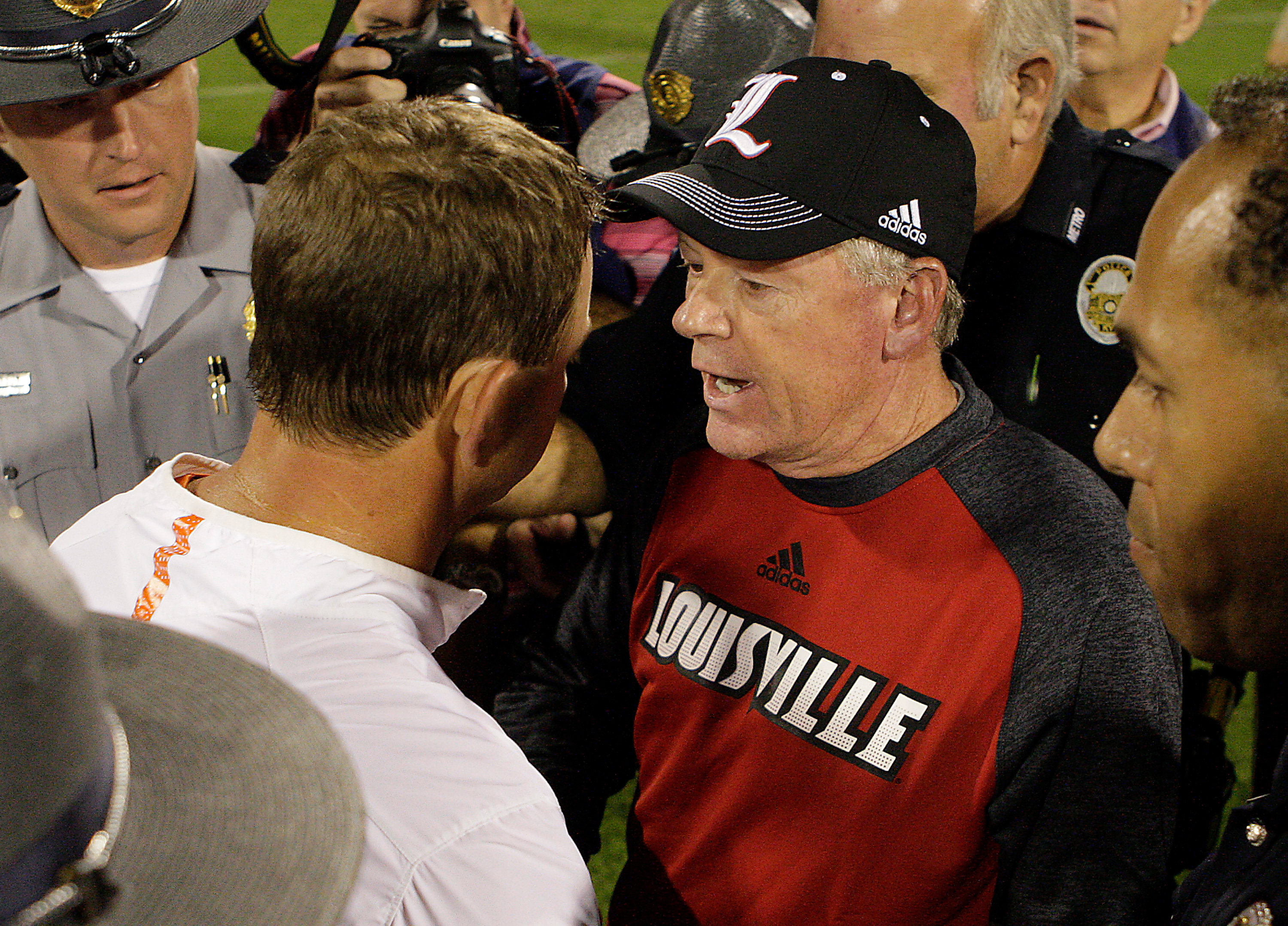 Louisville and Clemson now set for 8pm kick-off