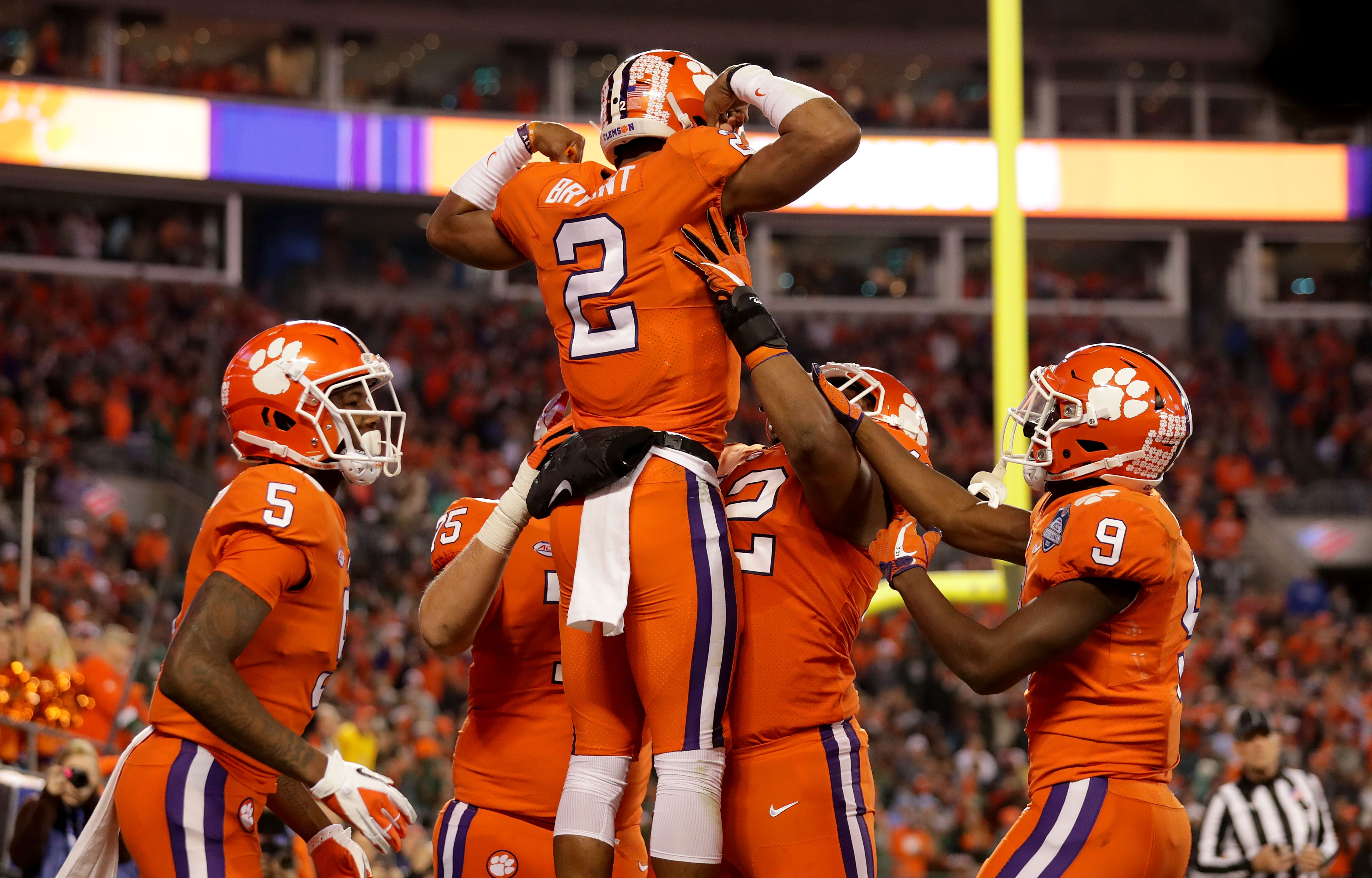 Who will Clemson football play in the College Football ...